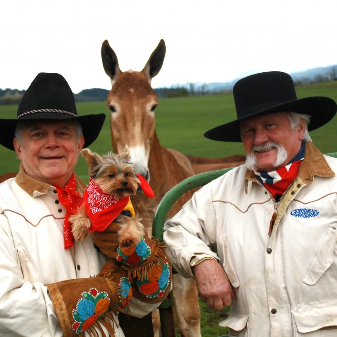 Me with Schmitty The Weather Dog, Champion Mule Driver Bill Neel and Big Sal (the mule)