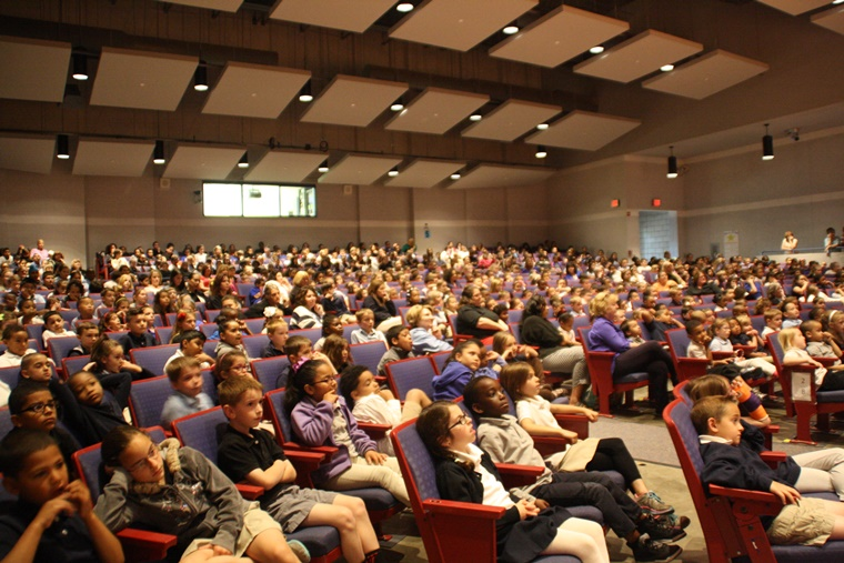 600 students waiting for my Schmitty The Weather Dog Weather/Science Assembly.
